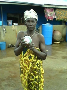 A happy customer posing with her lantern in Jangbarayili